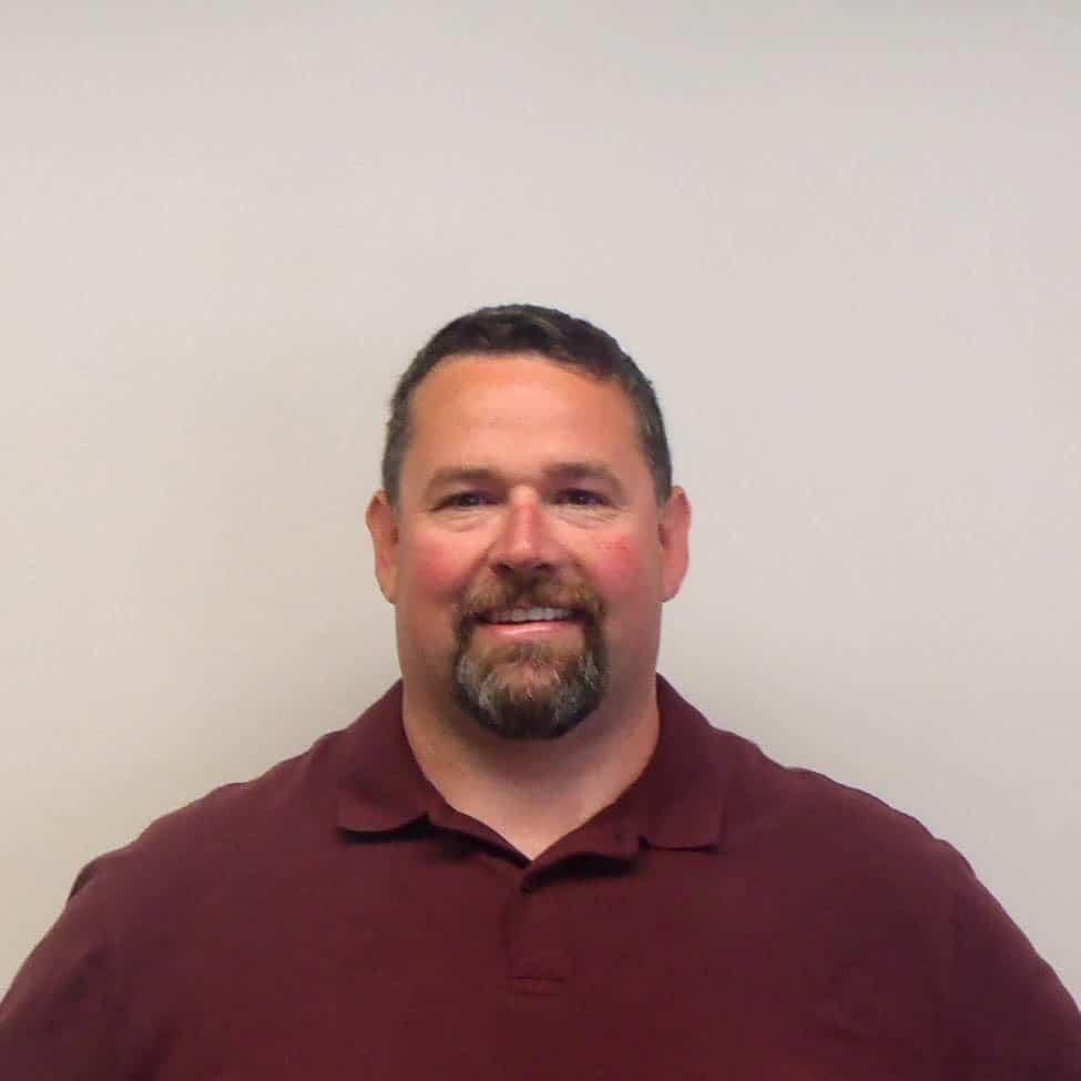 Colin Derosa : Service Manager/Master Technician